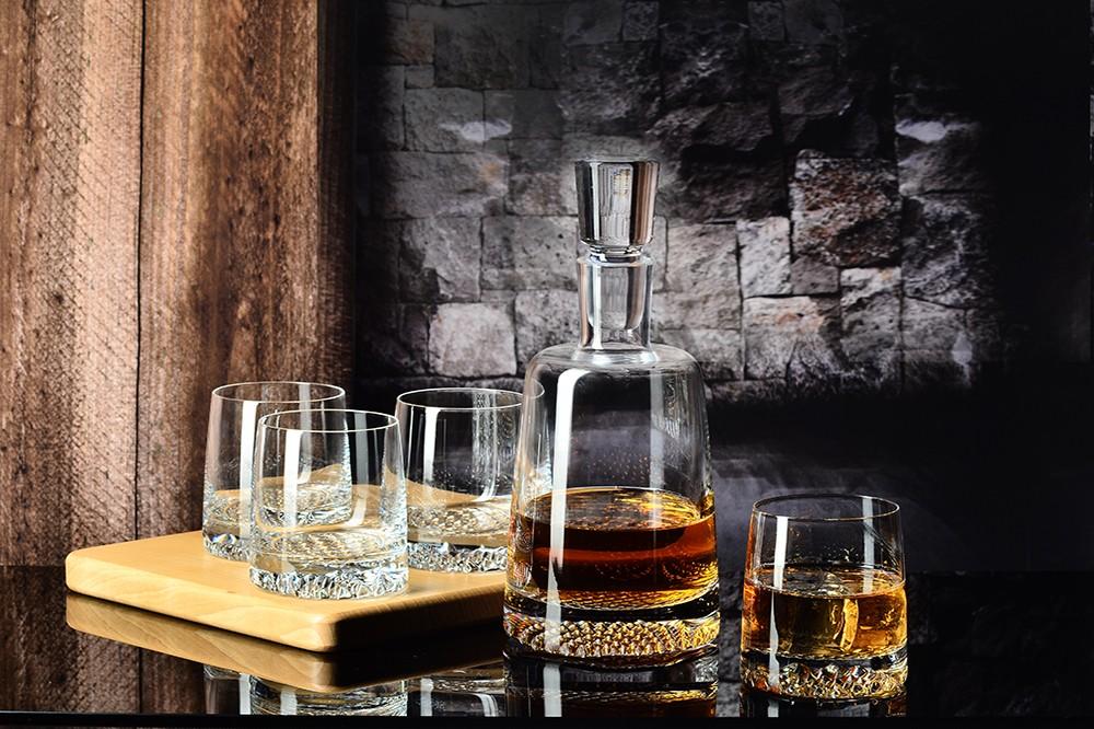 Jakie szklanki do whisky kupić? Opinie, porady - sklep internetowy Casa-mia.pl